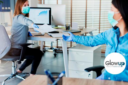 GlowUp Mantenimiento y limpieza de una oficina durante una pandemia