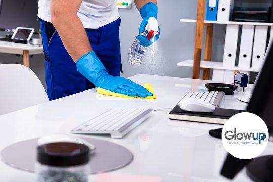 GlowUp - Como hacer una limpieza en una oficina